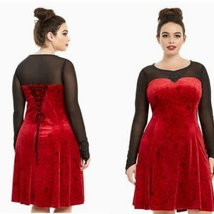 Hot Topic Once Upon a Time Regina dress